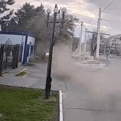 Пешеход чудом успел спастись от
