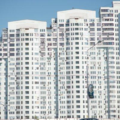 Владельцы квартир в многоэтажках не будут платить налог на землю