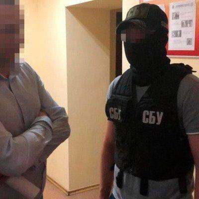 В Киевской области заместитель главы горсовета требовал взятки