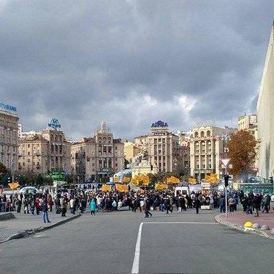 На выходных в Киеве изменят и перекроют движение транспорта