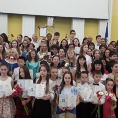 75 талантливых детей получили творчиские стипендии главы КГГА