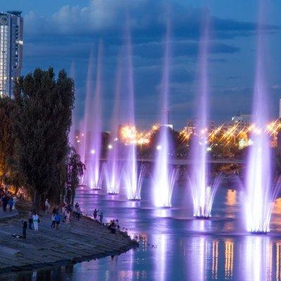 На Русановке сломались свето-музыкальные фонтаны