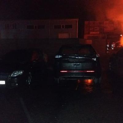 В Киеве ночью горела бывшая автобаза