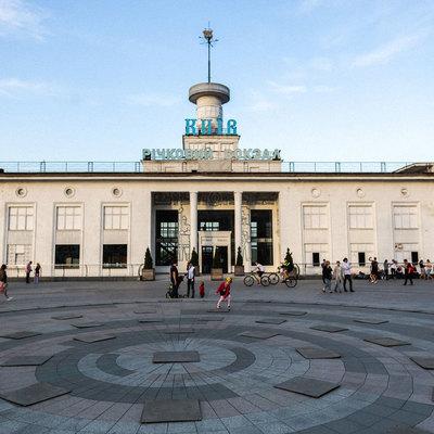 В Киеве на Речном вокзале открыли бесплатный кинотеатр