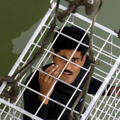 В Индии во время подводного трюка исчез местный фокусник