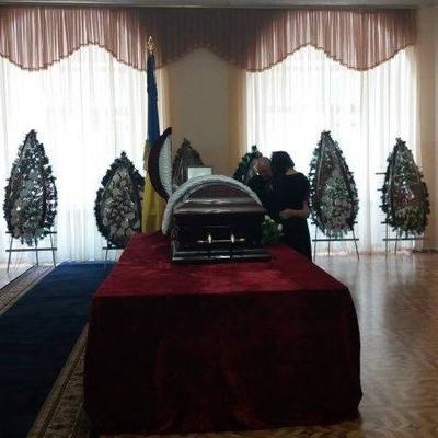 В Киеве попрощались с погибшим нардепом Тымчуком (фото)