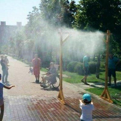 В Киеве борются с жарой