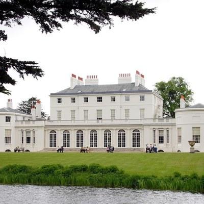 Принц Гарри и Меган Маркл потратили около 3 млн долларов на ремонт нового дома