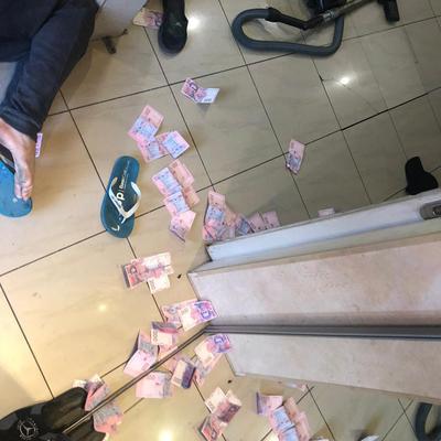 Следователя Нацполиции Киевщины задержали за взятку
