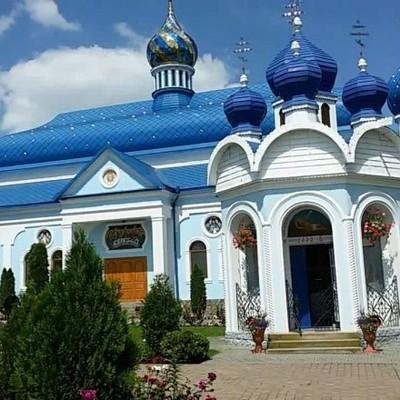 В Черновицкой области мужчина совершил самоубийство в монастыре