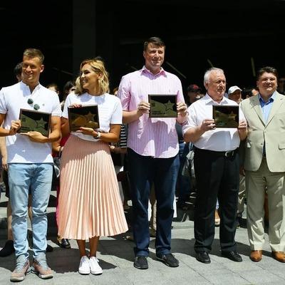 На Аллее славы в Киеве появились фамилии четырех спортсменов