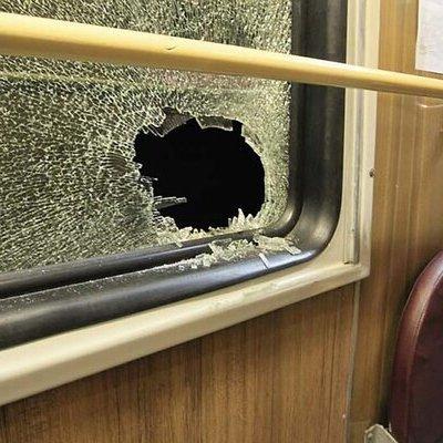 В поезде Измаил – Киев в пути выпало окно в одном из вагонов