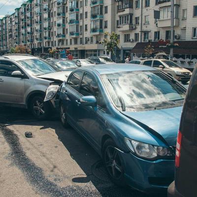 ДТП с участием четырех машин в Киеве: причиной стал приступ виновника