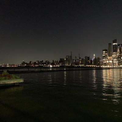 Блэкаут в центре Нью-Йорка: более 70 тысяч человек остались без света (фото)