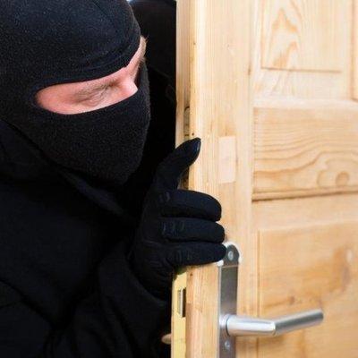 В столице парень обворовал свою квартирную хозяйку