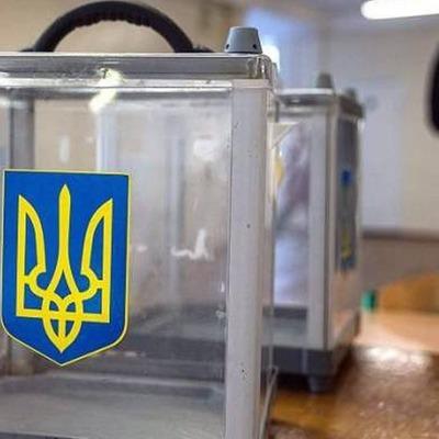 Председатель УИК в Киеве пришел на участок пьяным