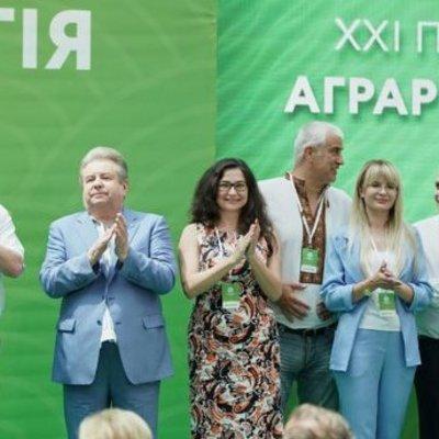 По результатам экзит-пола на 18:00, Аграрная партия Поплавского проходит в парламент, набрав 6,15%