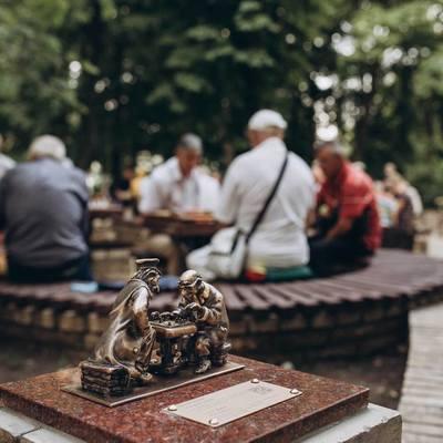 В Киеве появилась 19-я мини-скульптурка проекта