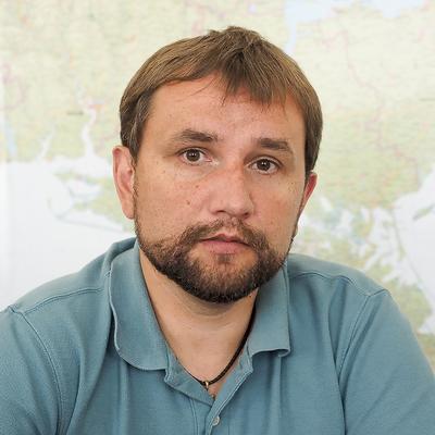 Артура Герасимова и Ирину Луценко призывают сложить мандаты ради Вятровича