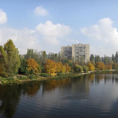 На Русановском канале мужчина пытался утопить пожилую женщину
