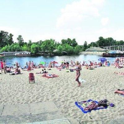 На 14 киевских пляжах купаться опасно