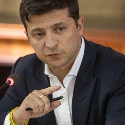Зеленский уволил глав Дарницкой и Деснянской РГА в Киеве