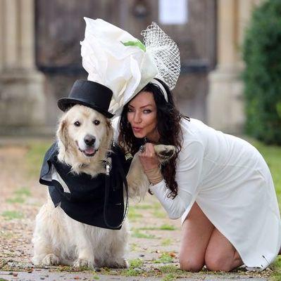 Модель после 220 неудачных свиданий решила выйти замуж за пса