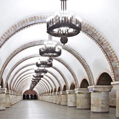 В киевском метро мужчина упал замертво