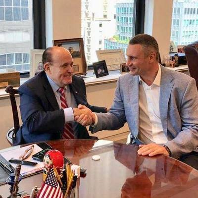 Виталий Кличко в США встретился с экс-мэром Нью-Йорка Джулиани