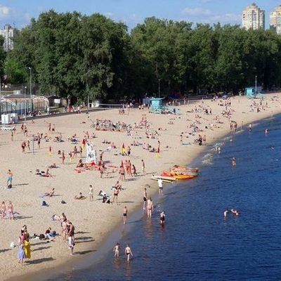Все пляжи Киева получили «желтый флаг»