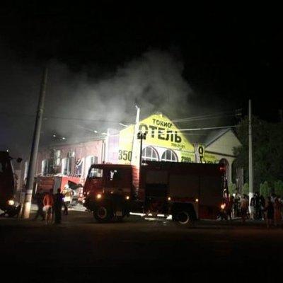 Смертельный пожар в Одессе: в полиции показали, как сгоревший отель выглядит изнутри (видео)