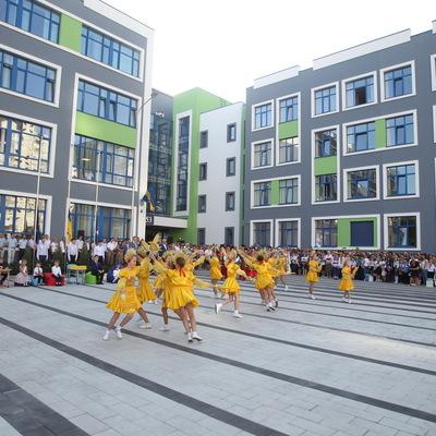 В столице открылась самая большая школа в Украине