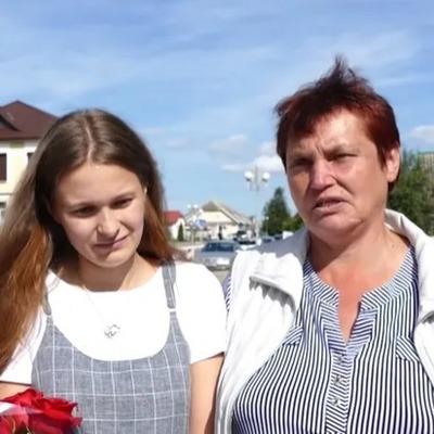 Нашлась через 20 лет: родители нашли дочь, которая пропала в 4-летнем возрасте (видео)