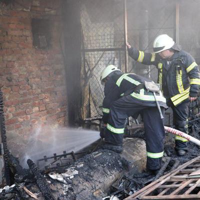 Утром горел центр Киева