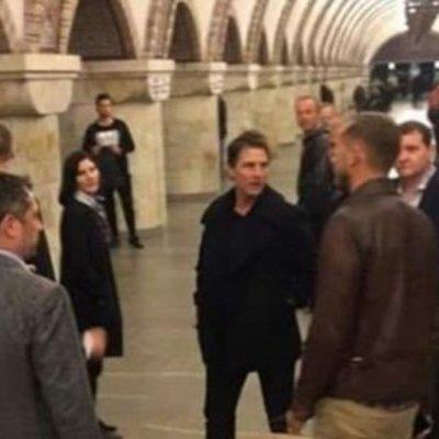 Том Круз проехался в киевском метро