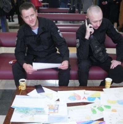 На киевском вокзале открыли новый зал ожидания для военных