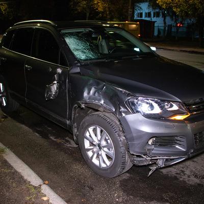 В Киеве на пешеходном переходе автомобиль насмерть сбил мужчину