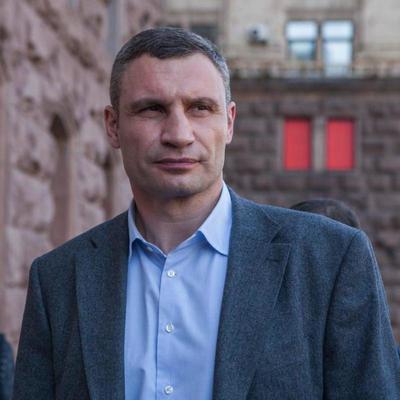 Суд открыл дело по иску Кличко к Богдану