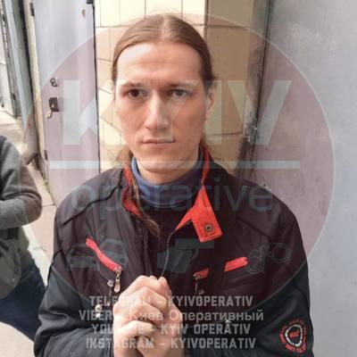 В Киеве задержали извращенца, который ходил по туалетам школ столицы
