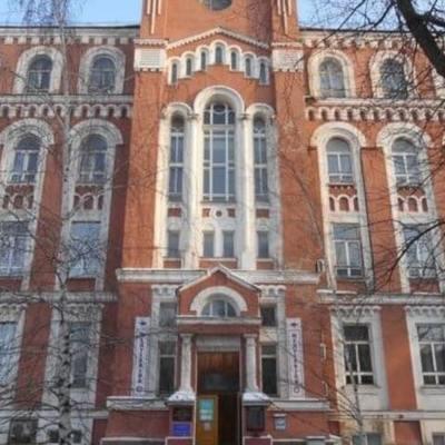 В Александровской больнице врачи делают уникальные операции на закрытом сердце