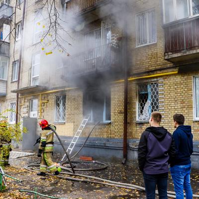 В квартире на Печерске прогремел взрыв, погиб мужчина