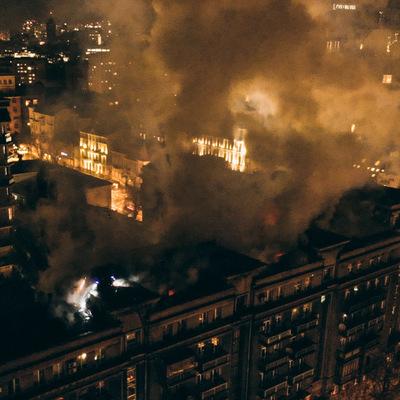 В центре Киева ночью горел жилой дом