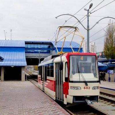 Обстрел трамвая в Киеве: у Кличко прокомментировали вероятность жертв среди пассажиров