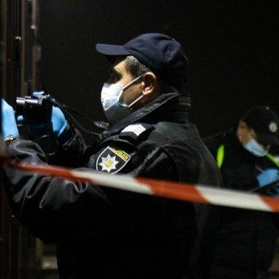 В Киеве конфликт между жителями многоквартирного дома закончился стрельбой: один раненый