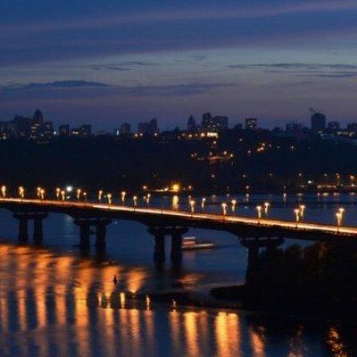 Жизни сотен украинцев под угрозой: в Киеве в любой момент может рухнуть мост Патона