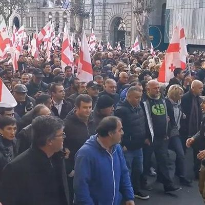 В Грузии возобновились акции протеста