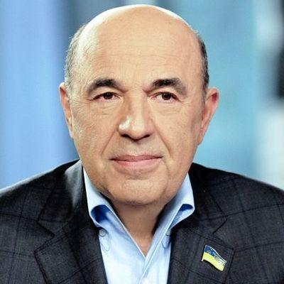 Рабинович: Для развития Украине нужны мир и национальная идея