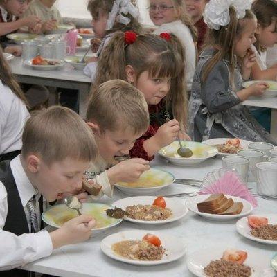 Ученые обнаружили, что регулярный завтрак влияет на успеваемость в школе