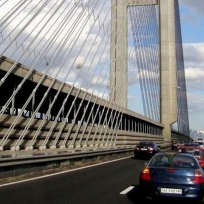 Южный мост в Киеве снова ремонтируют: когда и как ограничат движение транспорта