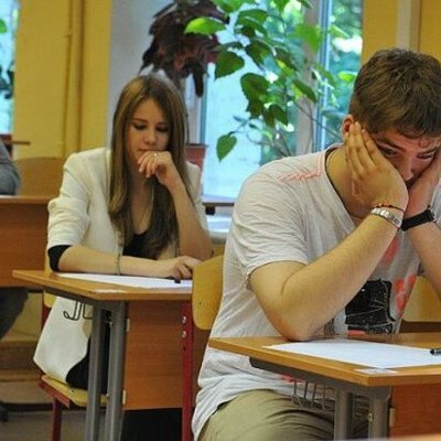 Украинских школьников подсаживают на синтетический наркотик